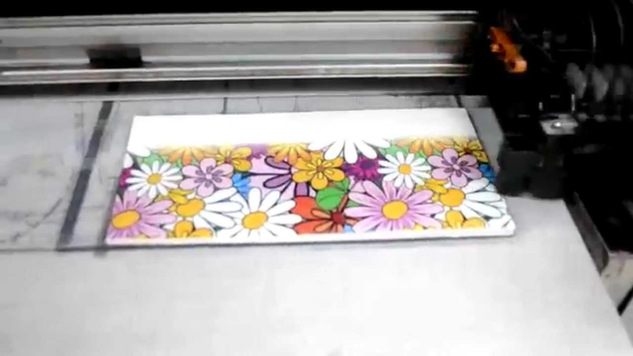Digital printing on ceramic tiles