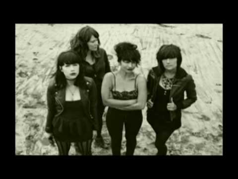Dum Dum Girls - Baby Don't Go