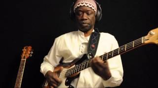 El Hadj Bob Sene & Macheikh M'baye - Domu Afrika