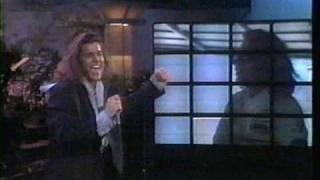 Watch Ricky Martin Juego De Ajedrez video