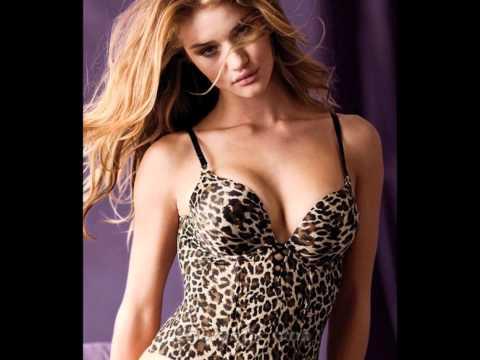 Rosie Huntington-Whiteley photoshoot hot