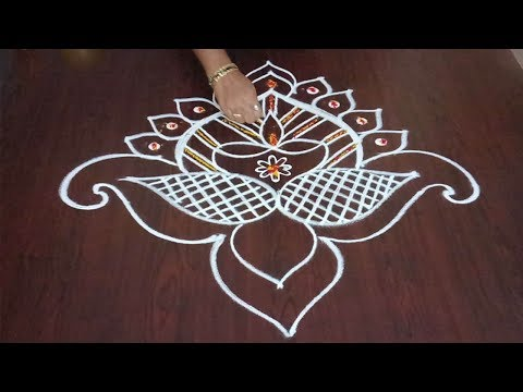 Beautiful Friday Muggulu  || Dasara  Rangoli || Awesome Deepam Design || Rangoli & Fashion World
