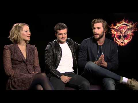 Jennifer Lawrence, Josh Hutcherson & Liam Hemsworth talk Mockingjay Part 1, Lorde & Jen's dog!