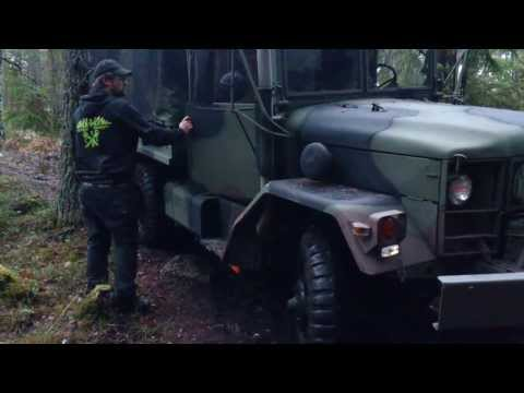 M35A2 Deuce and a Half Offroad at Nyköping 2013-11-23
