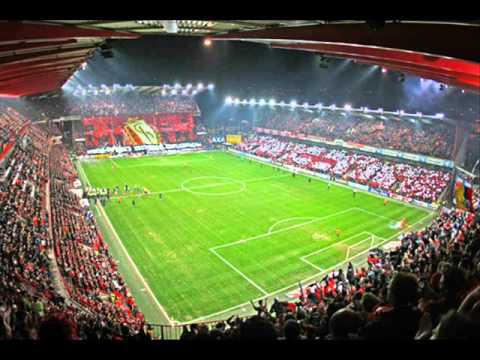 Standard de Liège : The Hell of Sclessin-Enfer de Sclessin ( Supporter Songs-chants supporters)