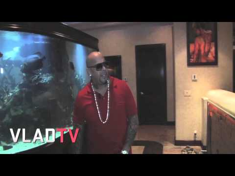 Mally Mall Shows Off His Pet Wolves, Snakes, & More