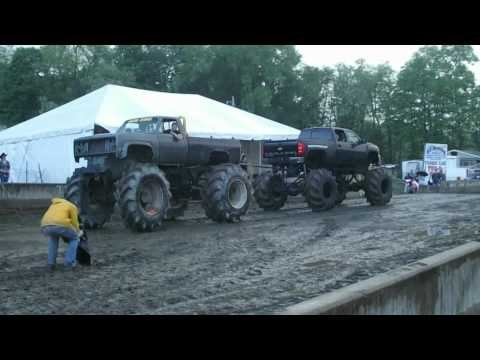 YANKEE LAKE TRUCK NIGHT, MEGA TRUCK CHALLENGE 5-27,28-2011 Music Videos
