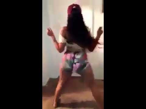 Baila con el culo apagado