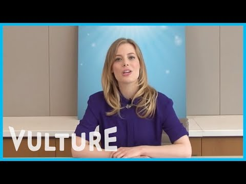 Community's Gillian Jacobs Takes the Vulture Emoji Challenge