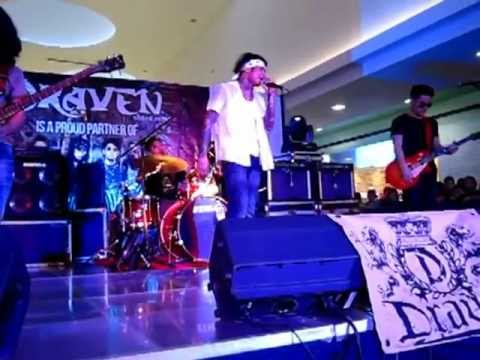 Wilabaliw - Illuminate - I (live At Sm North Edsa) video