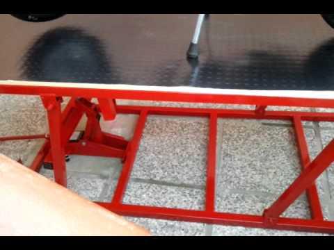 Banco solleva scooter fai da te youtube for Ponte alzamoto