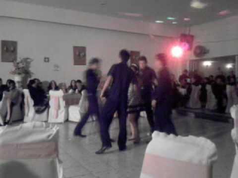 Xv A�os Baile Moderno  Arranca En Fa Yelitza Y Chambelanes
