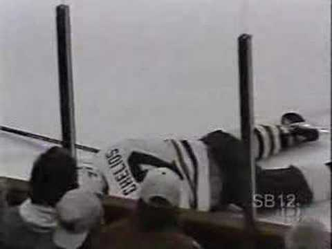 Wendel Clark hits Chris Chelios Video