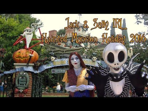JACK SKELLINGTON & SALLY IRL NIGHTMARE BEFORE CHRISTMAS DISNEYLAND HAUNTED MANSION HOLIDAY 2016