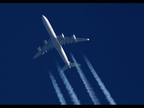 Etihad Airways Airbus A340-642 Contrails spotted over Serbia
