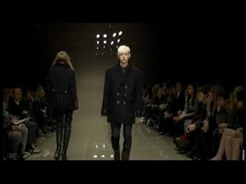 Burberry Prorsum Fashion Show- Women's Ready to Wear Autumn/Winter 2010/11 Video
