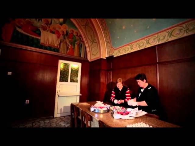 Raw: Bulgarian Monastery Dyes 5000 Easter Eggs