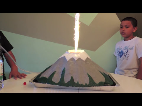How to make a Volcano (Como hacer un Volcan)