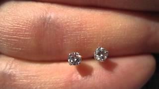 Real diamond stud earrings round shape 14 carat total 14k white gold  G H VS2MVI 7094