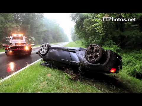 Lamborghini Gallardo Spyder flips over and wrecks