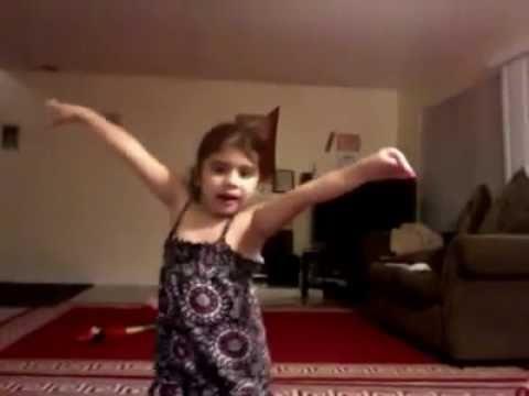 Sheela Ki Jawani- A Cute Baby Dancing On Sheela video