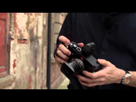 John Dooley demonstrates The Leica M
