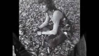 Watch David Bowie Eight Line Poem video