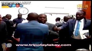 VIDEO: Haiti - ZIN PETE ant Senateur ZOKIKI ak Jean Baptiste Bien-Aime andedan parlement an, Gade...
