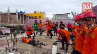 Aceh quake: Search-and-rescue operation underway