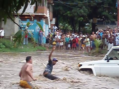 AL MACHITO SE LO LLEVO EL RIO