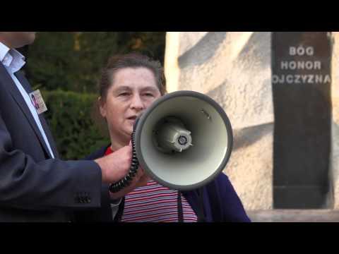 Częstochowianka Na Manifestacji Antyimigranckiej W Częstochowie 12.09.2015