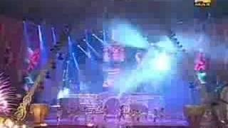 Download video Kareena Kapoor performance 2008