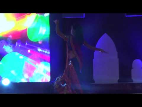 Nagada Sang Dhol Baje Solo Performance-neelakshi video