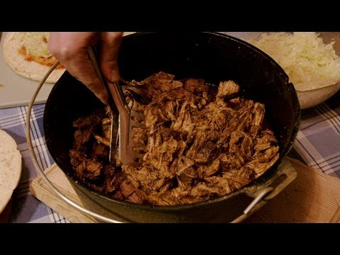 Pulled Pork aus dem Dutch Oven - BBQ Grill Rezept Video - Die Grillshow 75