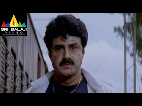 Narasimha Naidu Movie Balakrishna Train Scene | Balakrishna, Simran | Sri Balaji Video