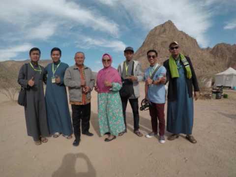 Gambar travel umroh murah surabaya