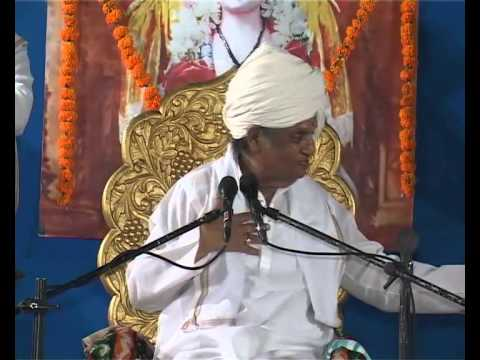 Baba Maharaj Satarkar At Uttung Sanskrutik Pariwar - Part 4 video