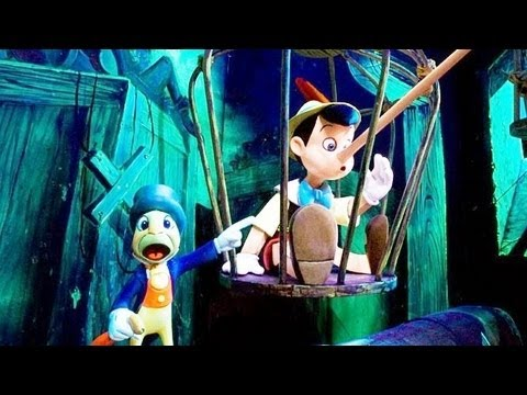 ♥♥ 2016 Pinocchio's Daring Journey at Disneyland
