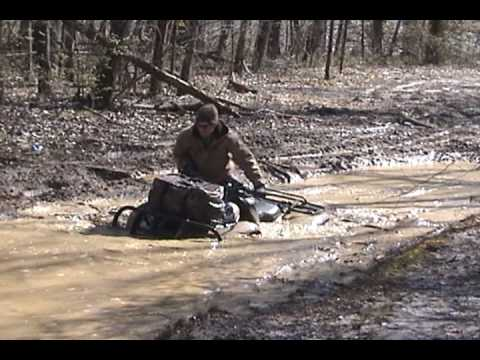 Honda 420 with Swamplites Muddin Video