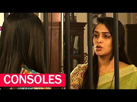 Simar Consoles Roshni In 'Sasural Simar Ka' |  #TellyTopUp