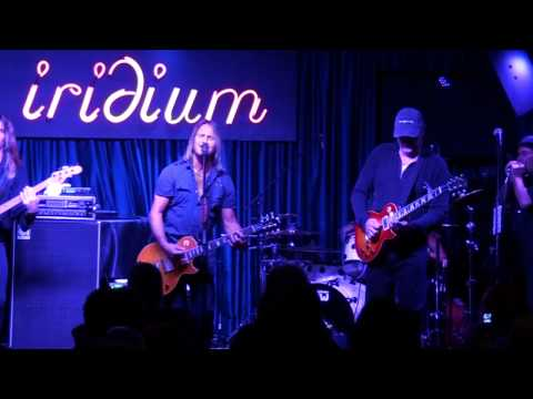 FOGHAT - ROLLIN&TUMBLIN-YOU NEED LOVE - LIVE AT THE IRIDIUM 12-1-10.mp4