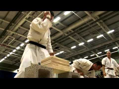 KYOKUSHIN KARATE WOOD BREAKING.mov Image 1