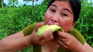Survival Skills | Smart woman Cucumis melo for eating | yummy eating cantaloupe 03