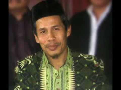 Kyai Marzuki Mustamar Provokator dan Penyebar Fitnah