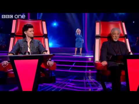 Next were contest favourites vince kidd and jessica hammond going head to head singing rihannas we found love - what s on tv
