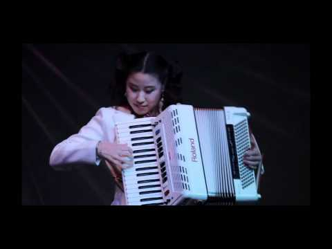 Accordion Music - Beer Barrel Polka (Rosamunde, Roll out the barrel) Music Videos