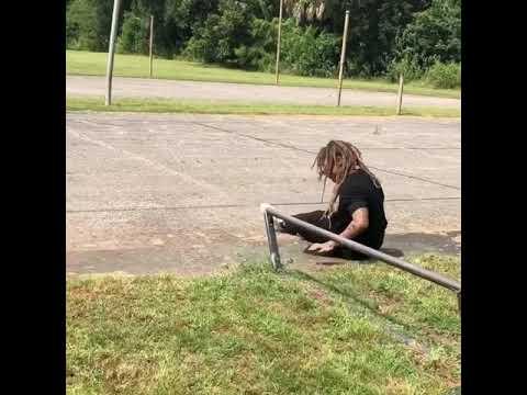 Damn @neenwilliams 😂 📹: @_erickvaldez & @__jboneson | Shralpin Skateboarding