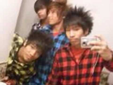 Asian hairstyles, gatsby, harajuku. At the end are some of the guys i go to skool with!! if u want one of there emails jux give me ur and you can become
