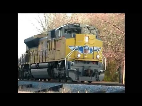 Railfanning in Bald Knob, AR 12-19-2012 Part 2