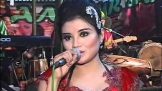 download lagu Sera - Yank. Lusiana Safara gratis